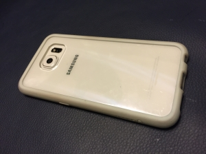 The Griffin bumper case popped onto the S6.